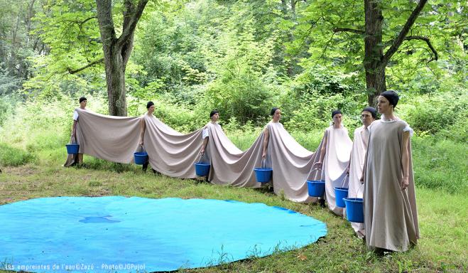"Zazü - Performance ""Empreintes de l'eau"""